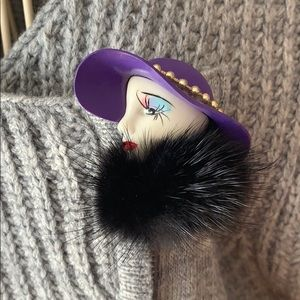 Gorgeous vintage brooch pin